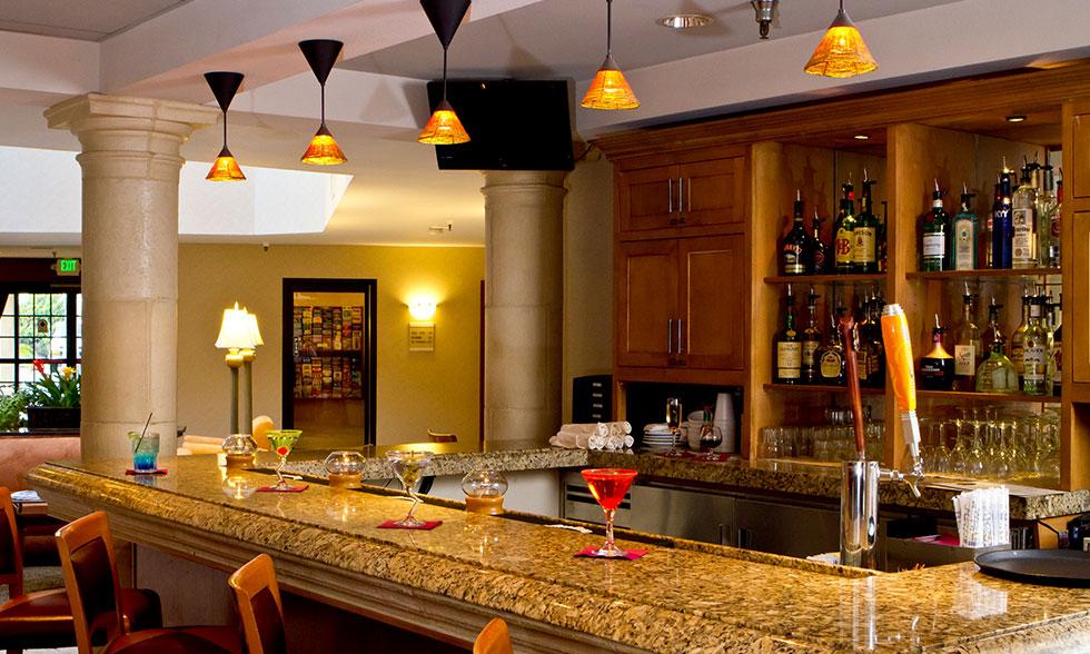 Olive's Bistro Burbank Bar