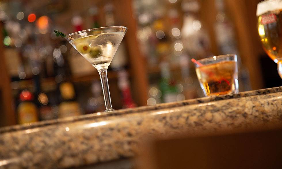 Olive's Lounge Martini